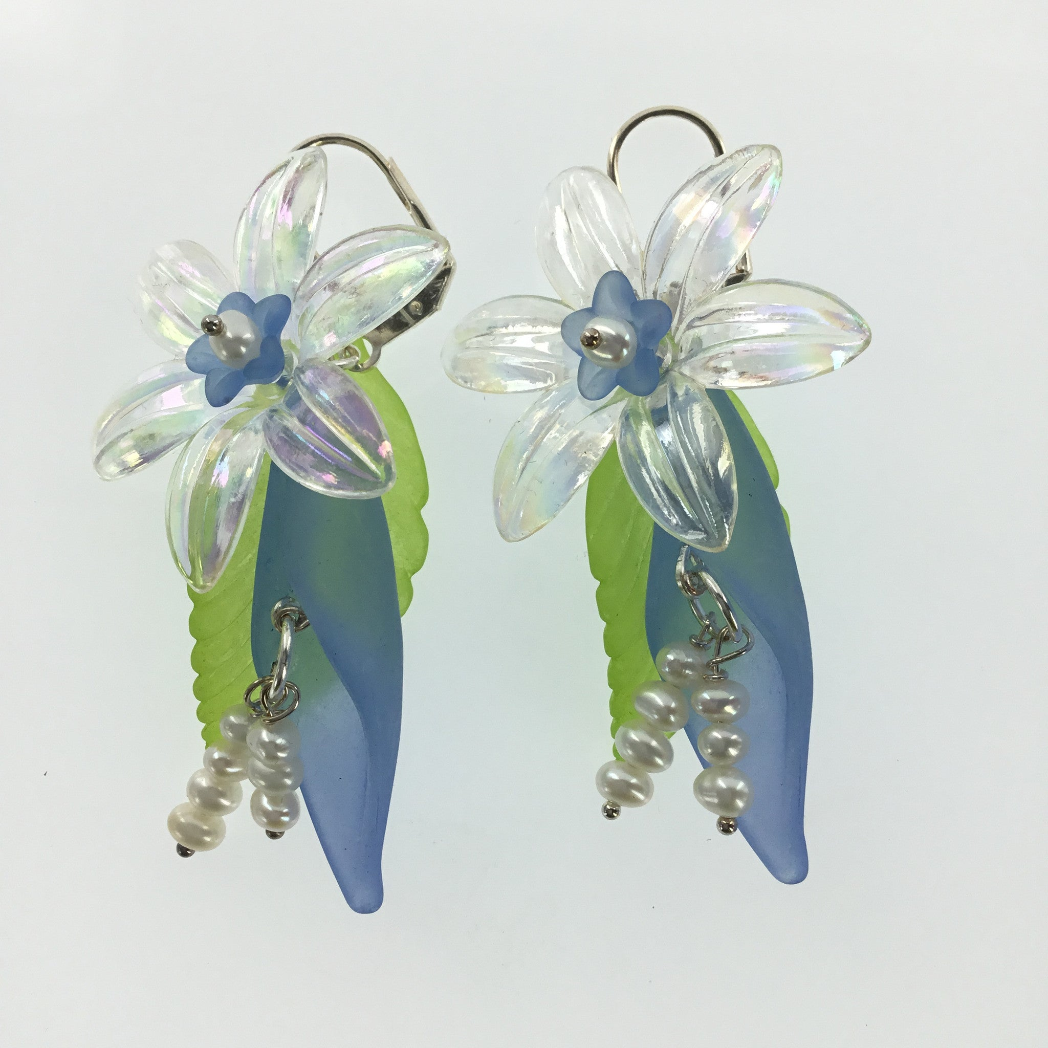 Lucite Blue and Clear Flower Drop Earring - Real Chic Boutique  - 2
