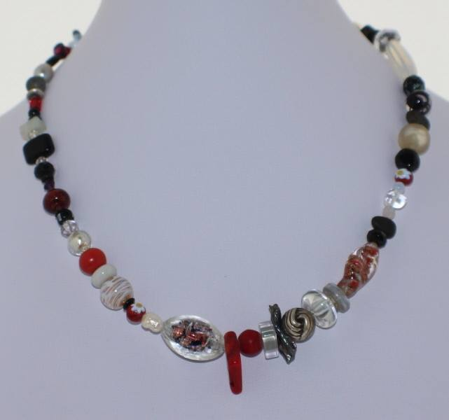 Red and White Murano Glass Necklace - Real Chic Boutique  - 2