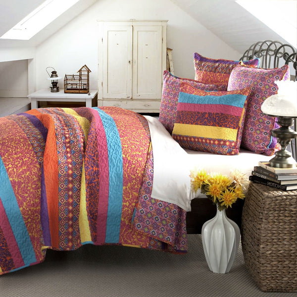 King Size Multi-Color Floral Geometric Pattern 5 Piece Cotton Quilt Set