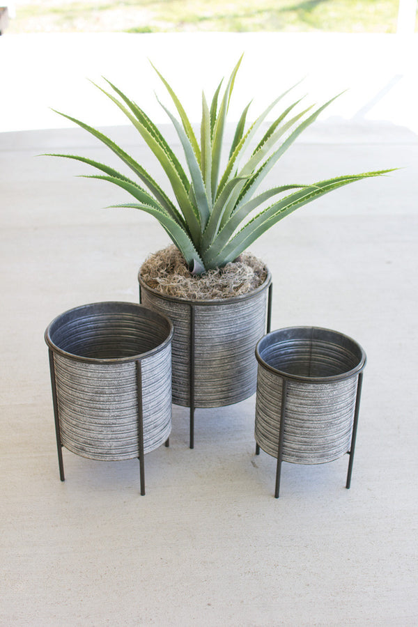 Set of 3 Galvanized Metal Planters With Iron Bases