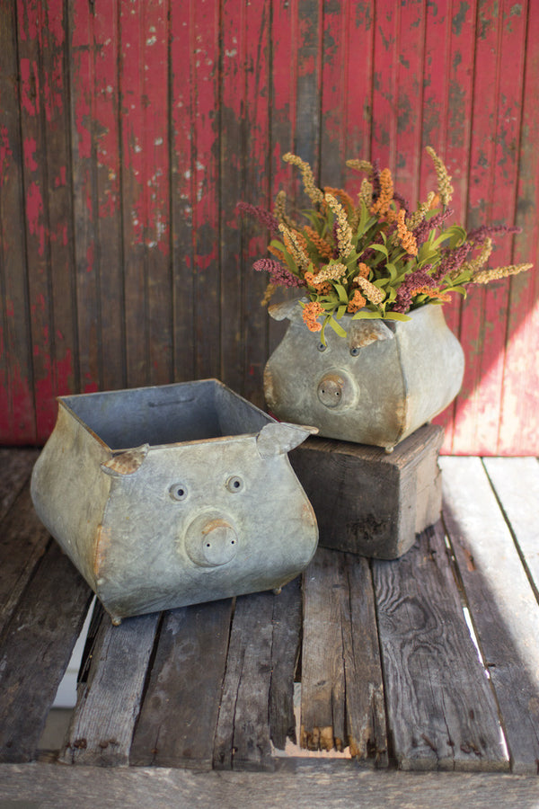 Set of 2 Metal Pig Planters