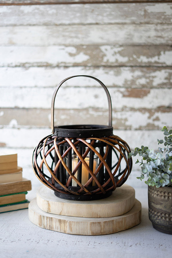 Small Low Round Brown Willow Lantern With Wooden Handle