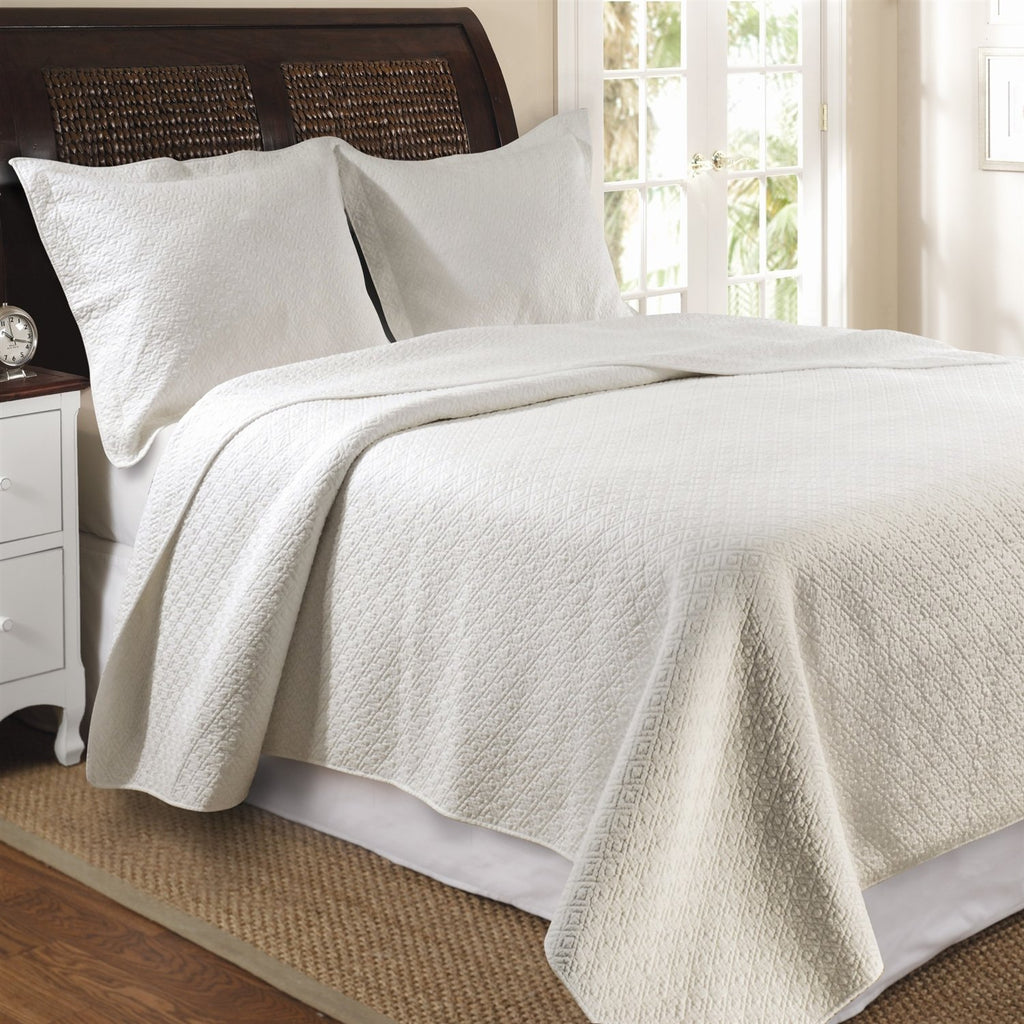 Twin Size Ivory Cotton Quilt Set In Modern Diamond Pattern