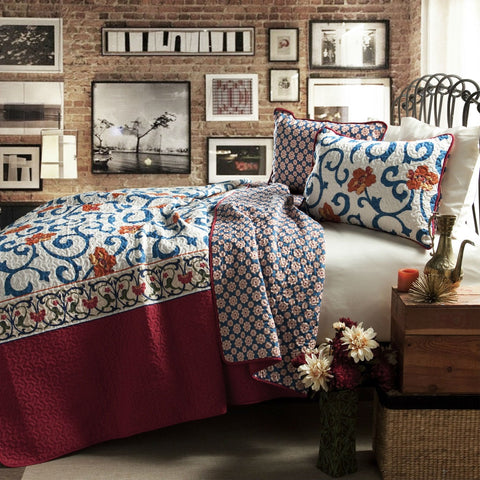 King Size 3 Piece Cotton Quilt Set In Red White Blue Floral Scroll Pattern
