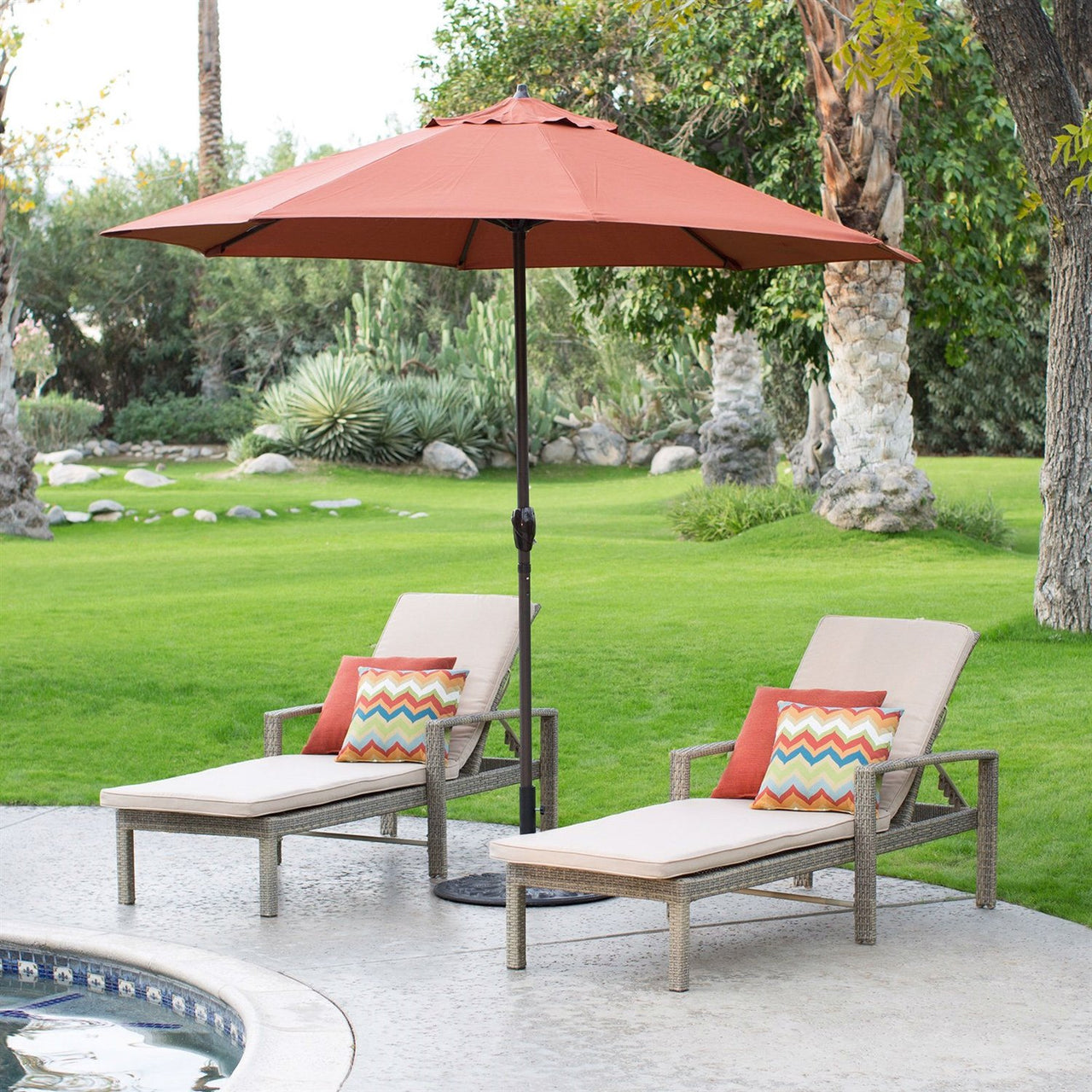 9-FT Patio Umbrella In Terracotta With Metal Pole & Tilt Mechanism
