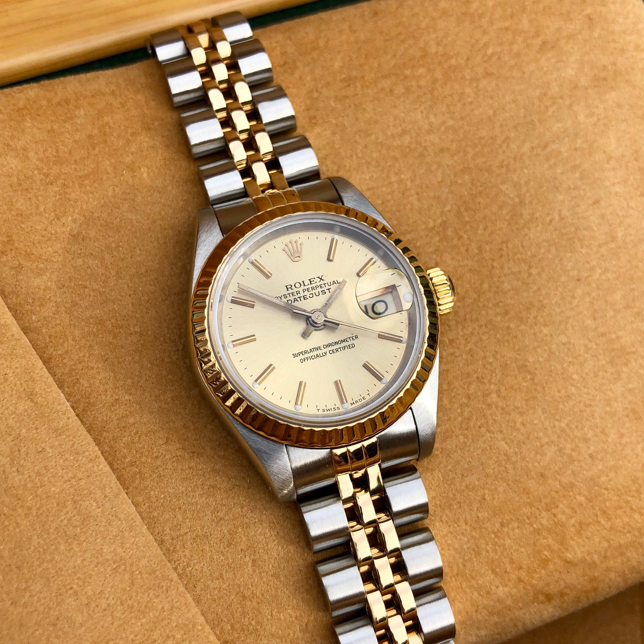 Rolex Datejust 69173 Ladies Two Tone Champagne Stick Dial Steel 18K Gold Jubilee Wristwatch