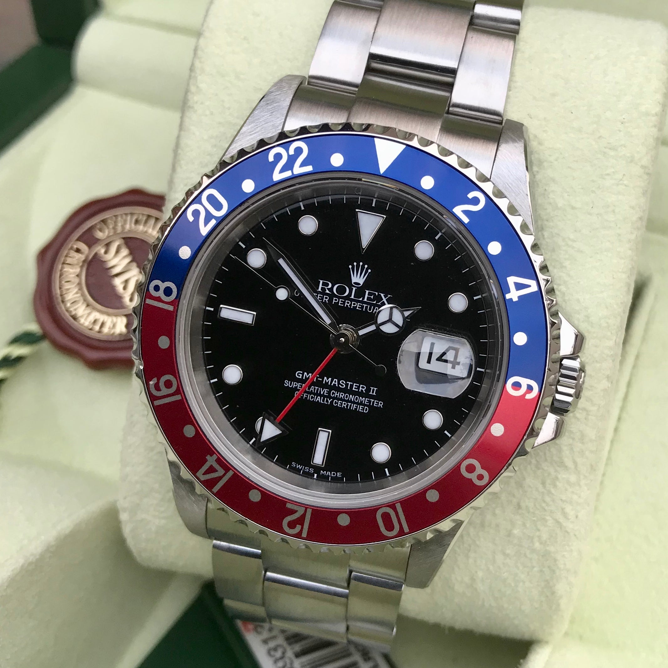 Rolex GMT MASTER II 16710 Pepsi Stainless Steel 2005 Wristwatch Box Papers