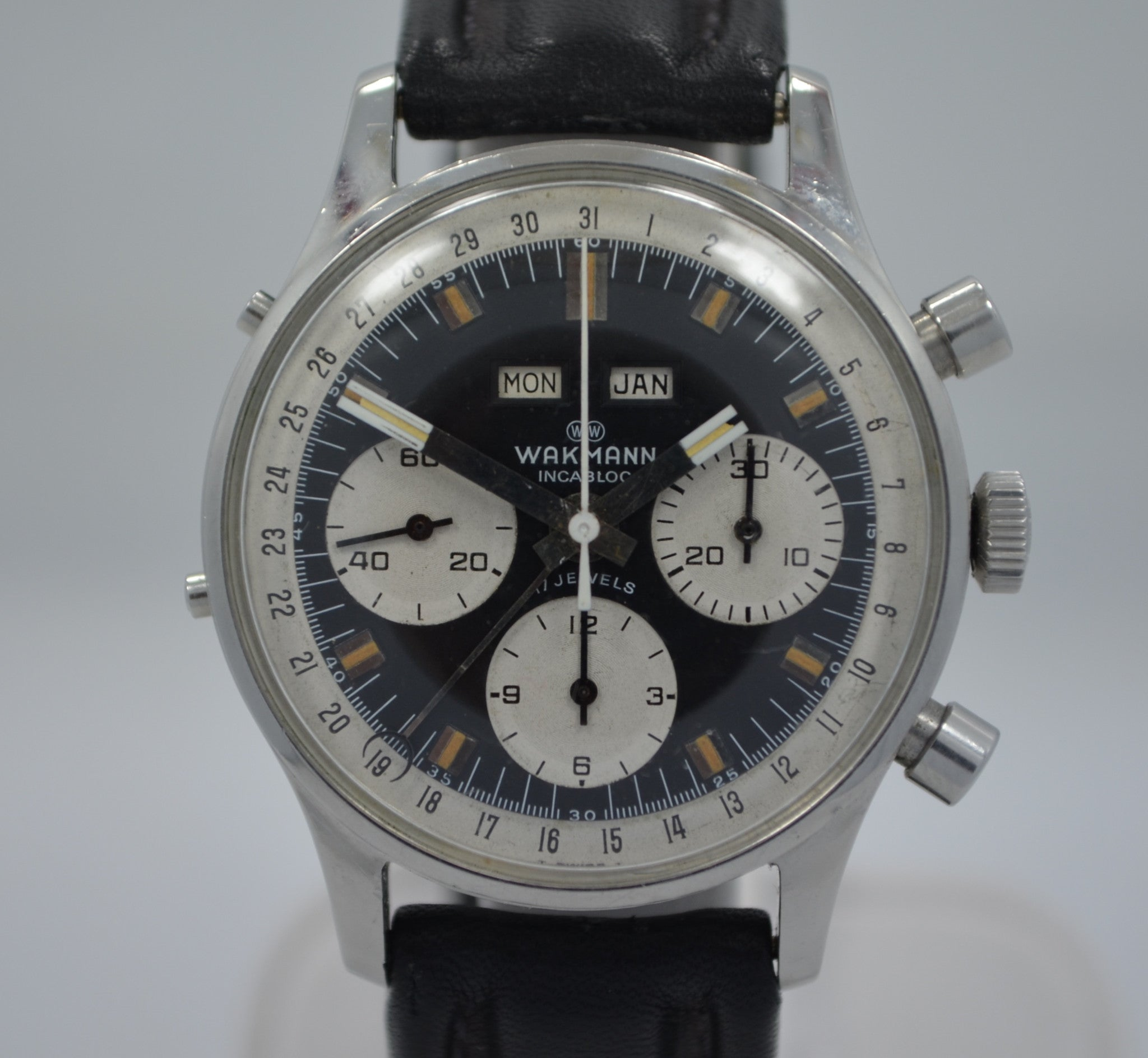 Vintage Wakmann Incabloc Chronograph Valjoux 72 1960's Steel Triple Date Watch - Hashtag Watch Company