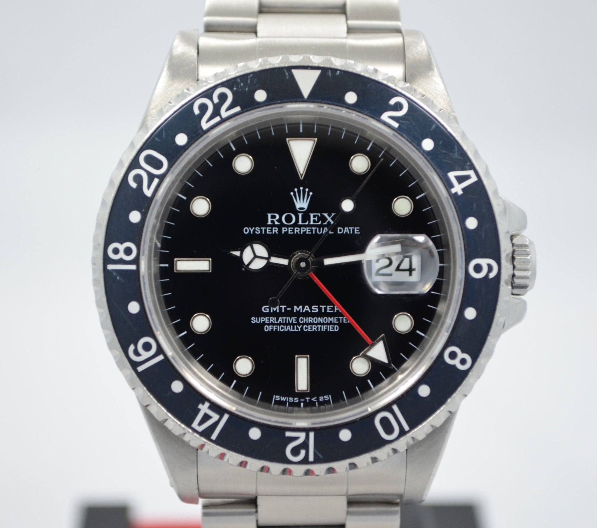 "Rolex GMT Master 16700 Stainless Steel Oyster ""S"" Serial 1993 Wristwatch"