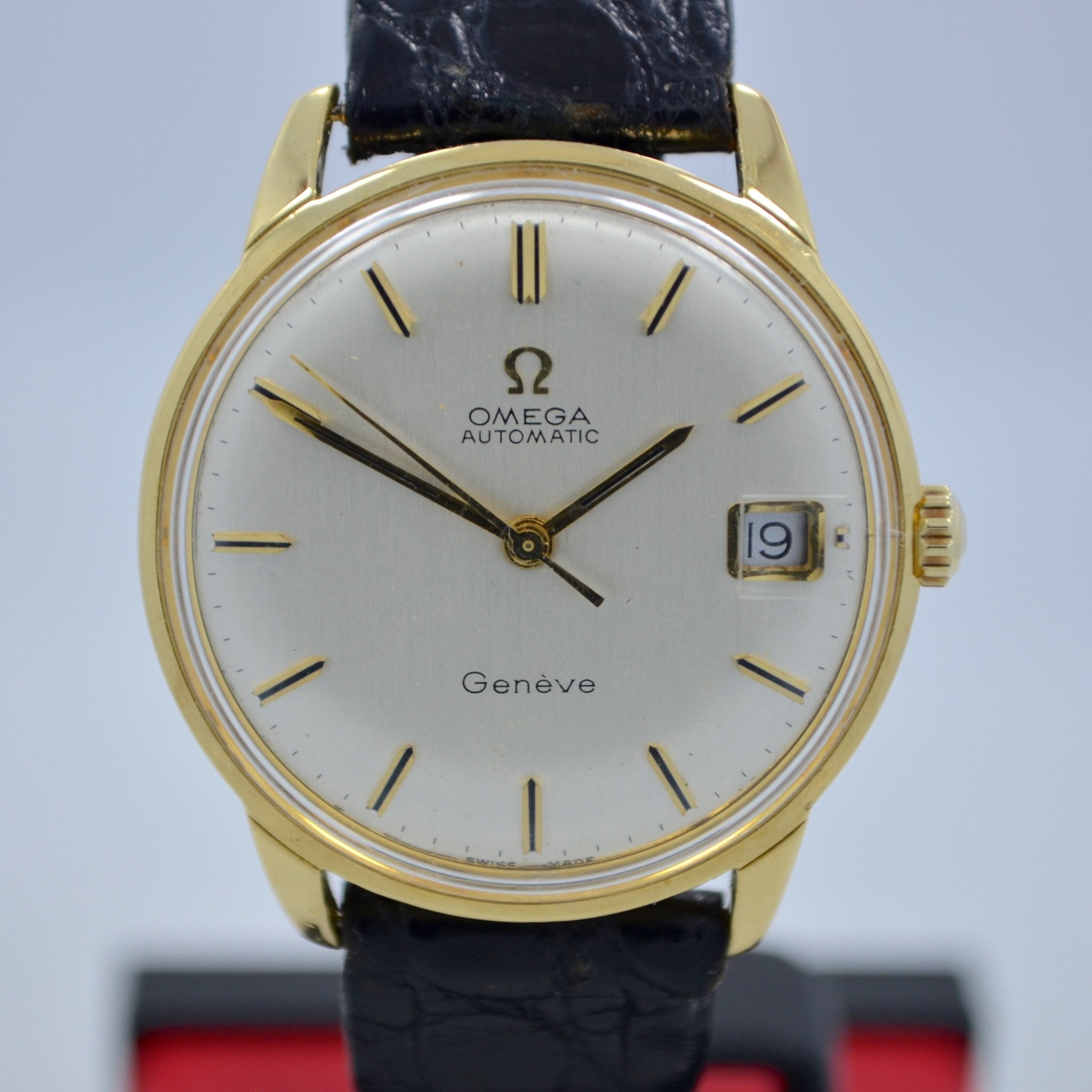 Vintage Omega Seamaster 166001 18K Solid Yellow Gold Cal. 565 Automatic Watch - Hashtag Watch Company