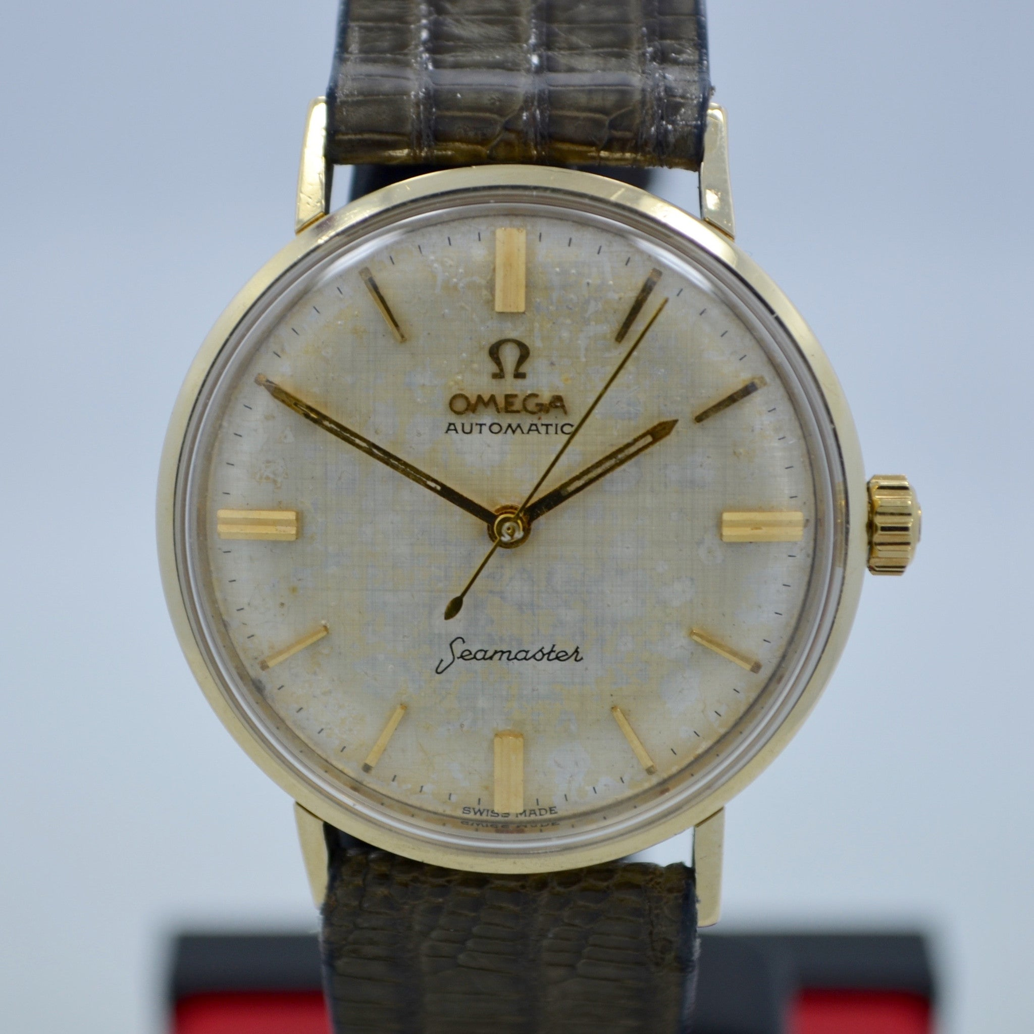 Vintage Omega Seamaster 6590-1 14K Solid Yellow Gold Cal. 550 Automatic Watch - Hashtag Watch Company
