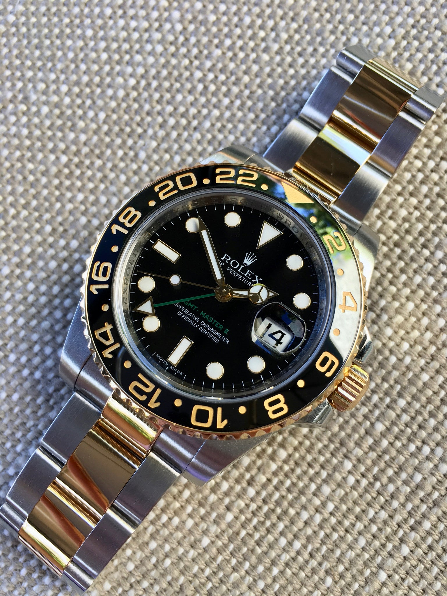 Rolex Gmt Master Ii 116713 Two Tone Steel Gold V Serial Watch Box