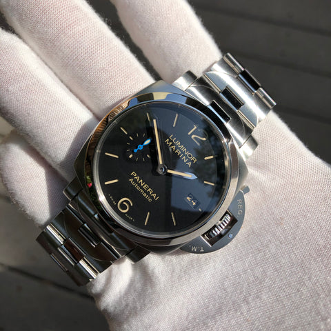 Vintage Rolex Oyster Perpetual 6084 Gilt 18K Yellow Gold Black Honeycomb Automatic Wristwatch Circa 1953