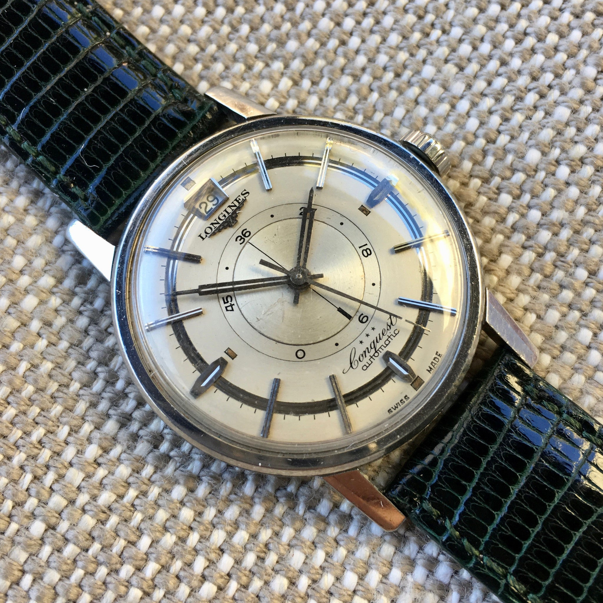 Vintage Longines Conquest Power Reserve 9035 Automatic Cal. 294 Steel Wristwatch