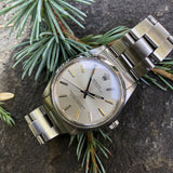 Rolex Oyster Perpetual 5552 Stainless Steel Silver Stick Caliber 1520 Automatic Wristwatch Circa 1960