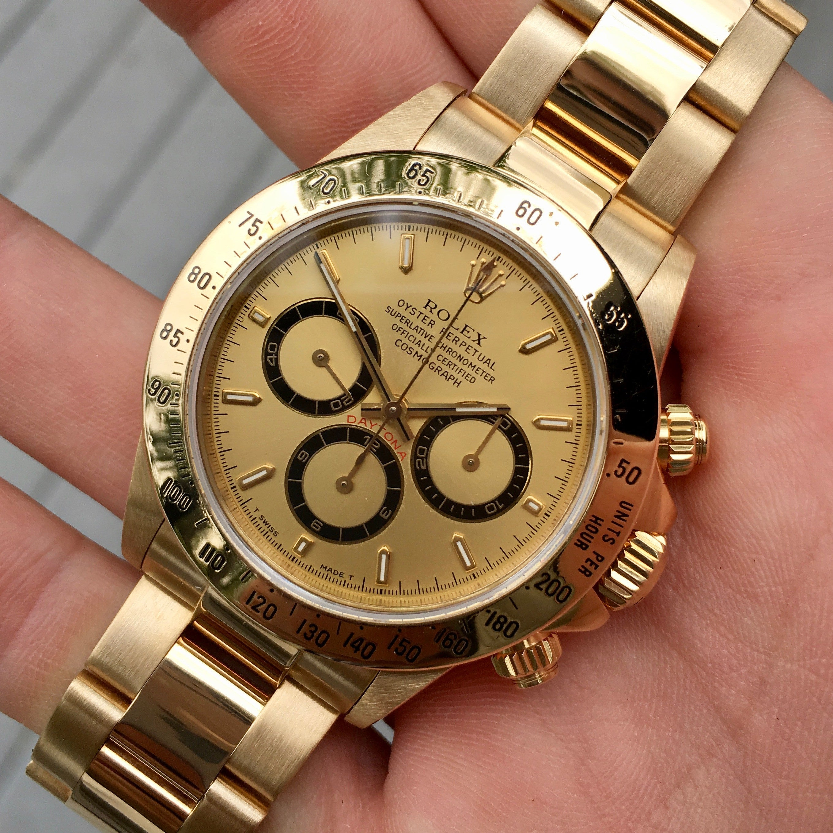 "Vintage Rolex Daytona 16528 Zenith 18K Yellow Gold Chronograph Wristwatch ""R"" Serial Circa 1987 - Hashtag Watch Company"