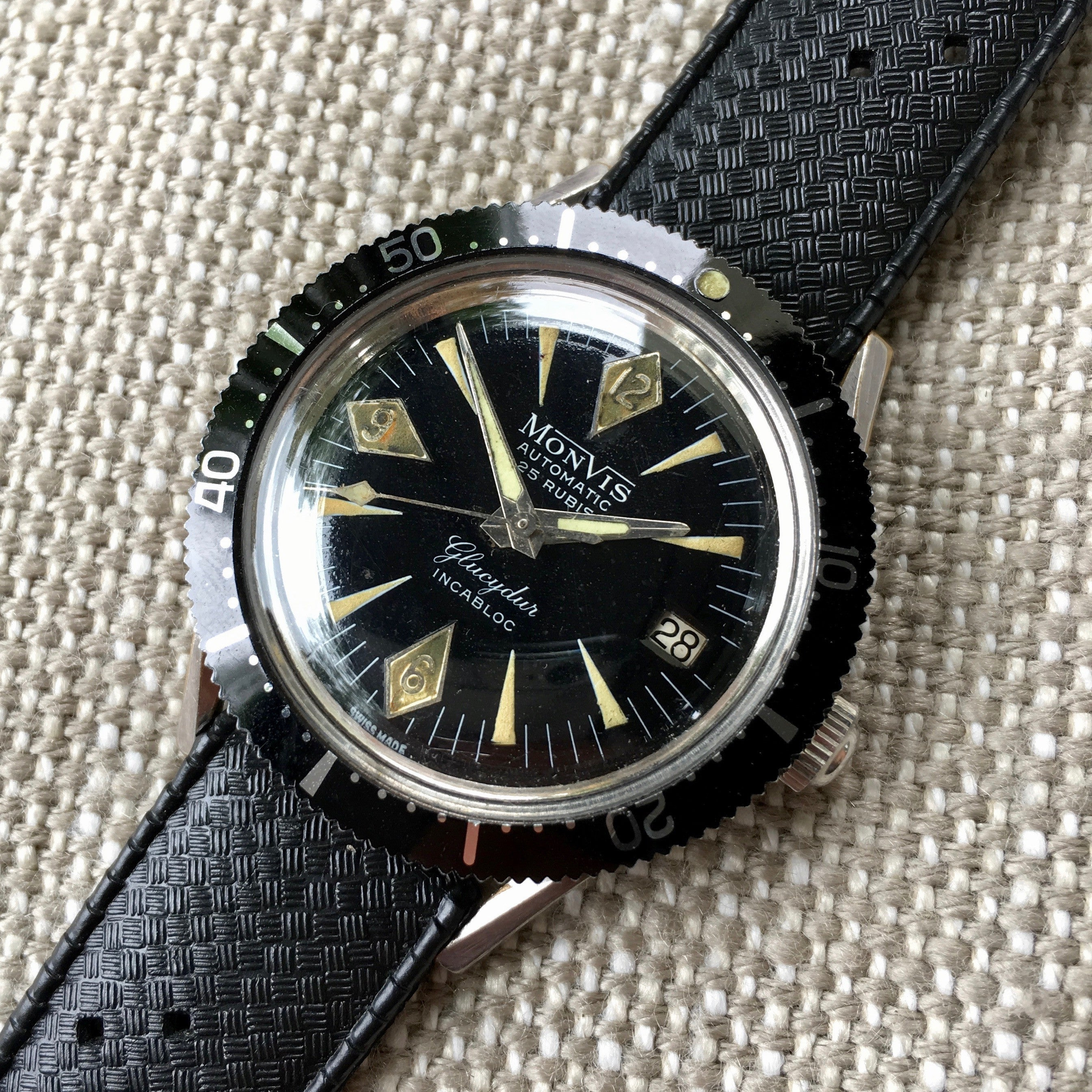 Vintage Monvis Glucydur Divers Incabloc Automatic Date Black Stainless Steel Wristwatch - Hashtag Watch Company
