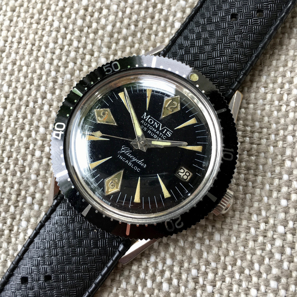 Vintage Monvis Glucydur Divers Incabloc Automatic Date Black Stainless Steel Wristwatch