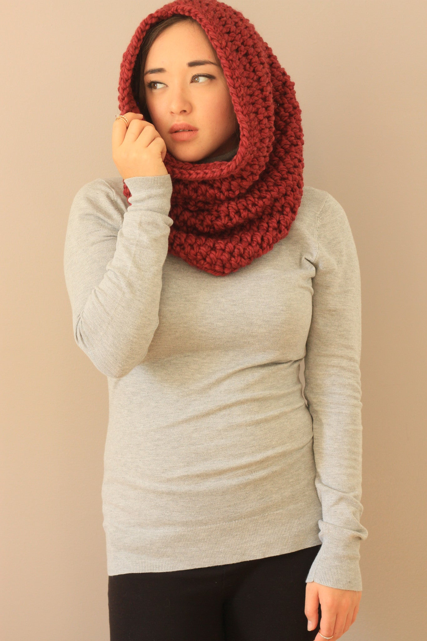 hooded cowl warm fall winter must haves mtl blogger