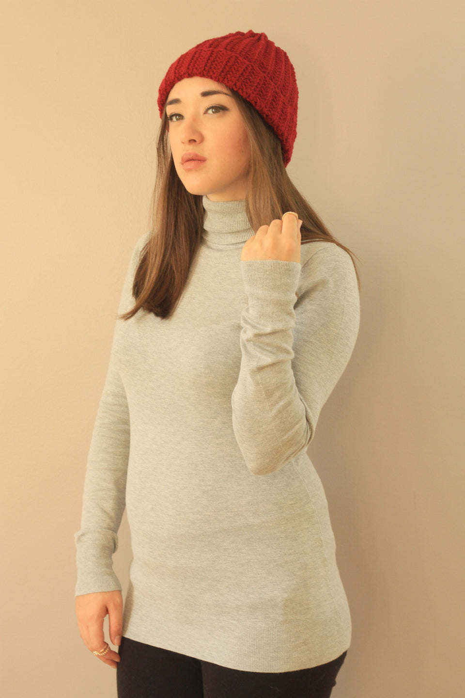 red ribbed classic folded beanie hat tuque
