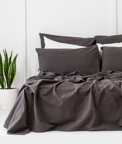 Bhumi Organic Cotton - Flannel Sheet Set - Charcoal