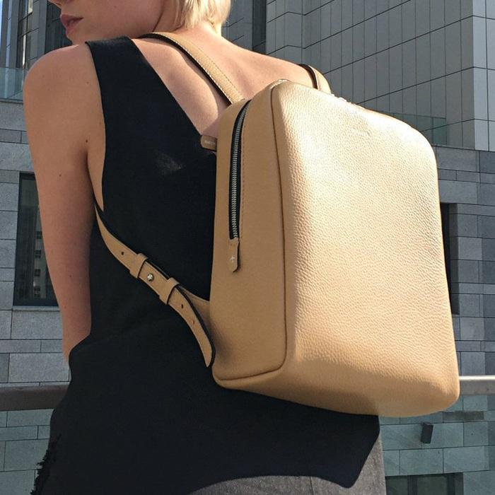 Voyage Grain Champagne Backpack
