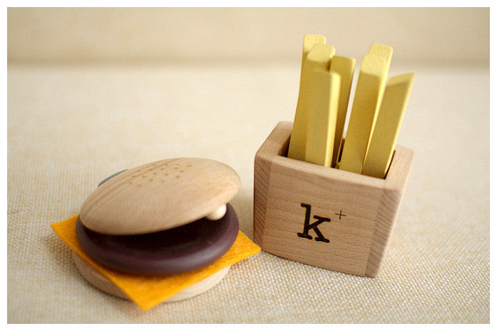 KUKKIA/KIKO+ | Wooden Hamburger/Fries Set | www.theminilife.com