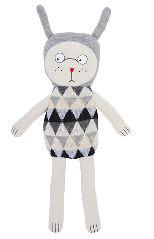 Luckyboysunday | Pale Nulle Knit Doll | www.theminilife.com