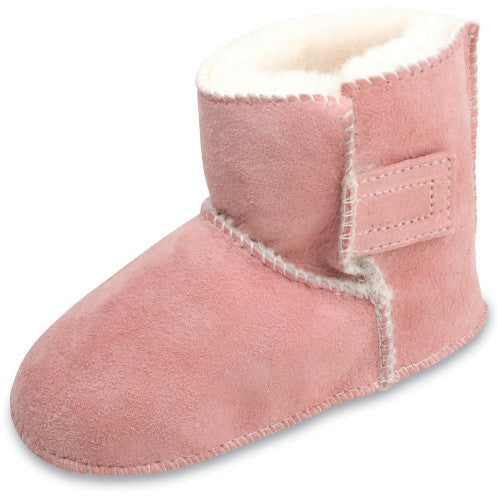 Minnetonka Moc Sheepskin Pug Infant Boot in Pink.