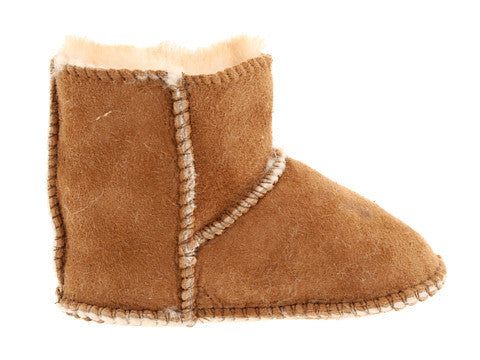 Minnetonka Moc Sheepskin Pug Infant Boot in Tan