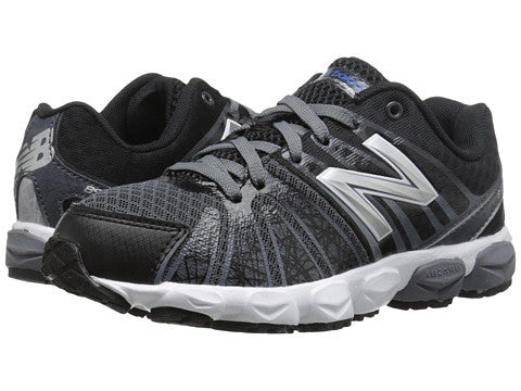 New Balance 890V5 Lace Sneaker in Black/White -  - Little Feet Childrens Shoes