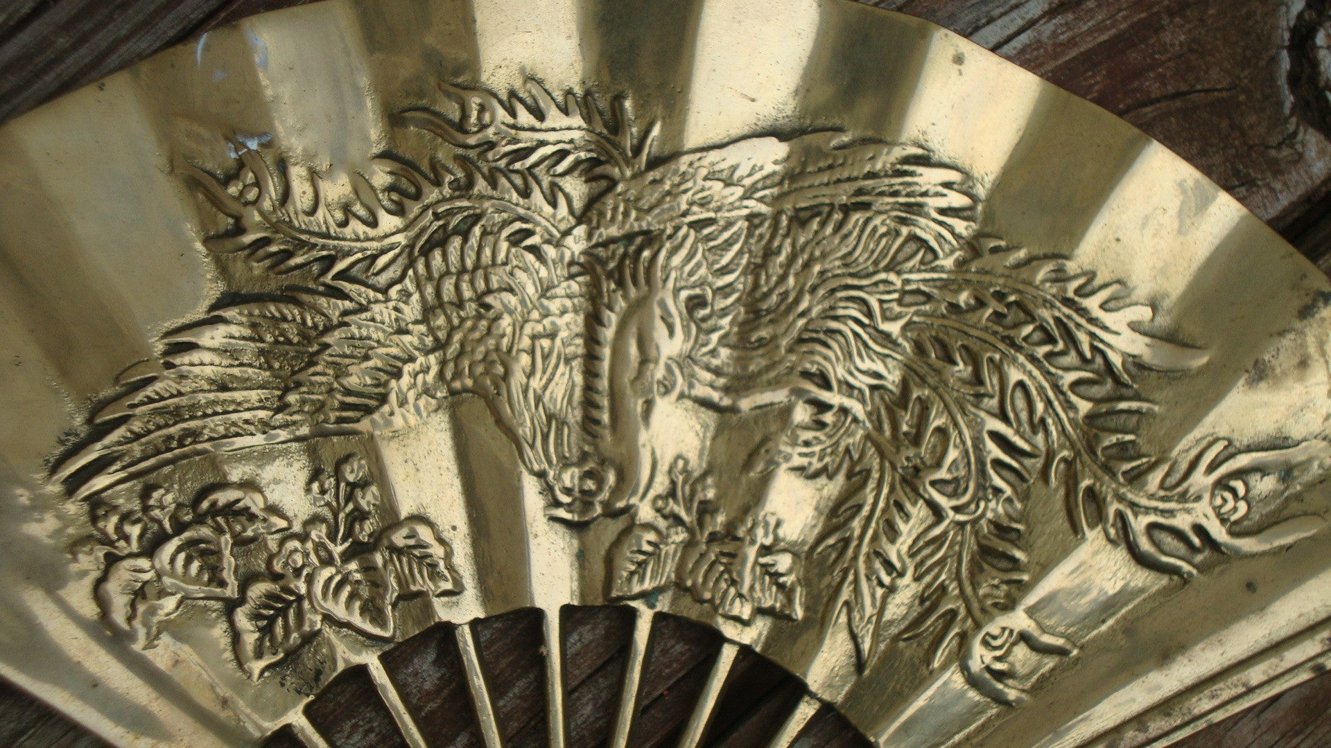 PAIR OF 2 VINTAGE FENG SHUI CHINESE BRASS DRAGON FANS SOLID BRASS