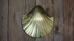 [SOLD] VINTAGE ANTIQUE BRASS SEASHELL CANDY DISH KEEPSAKE SCULPTURE HOLDER