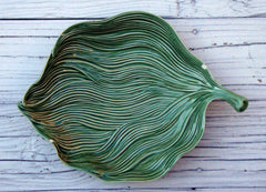 [Sold] Portuguese Bordallo Pinheiro Green Leaf Majolica Ceramic Made in Portugal