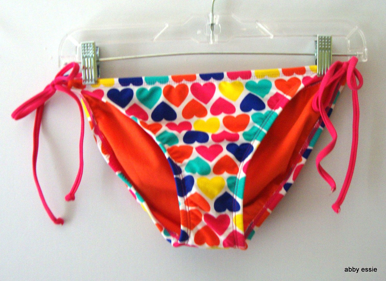 NWT XHILARATION JUNIORS RED PINK YELLOW BLUE STRING BIKINI BOTTOM MEDIUM LS-2820
