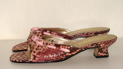 CALIFORNIA MAGDESIAN'S – PURPLE SNAKESKIN LACE BOW SANDAL, LOW HEEL SZ 6M