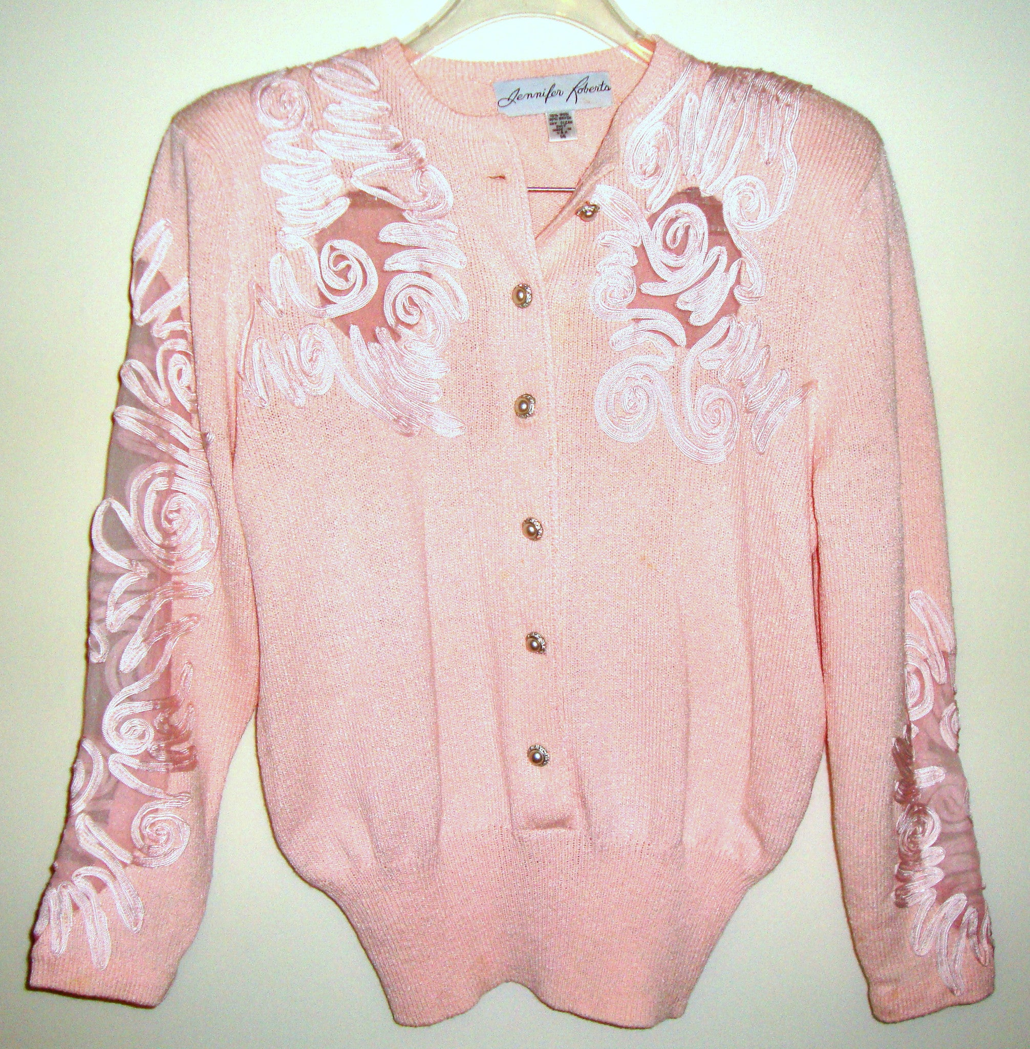 [VINTAGE] JENNIFER ROBERTS - PINK EMBROIDERED SWEATER SUIT WITH RHINESTONE AND PEARL BUTTONS SZ MEDIUM