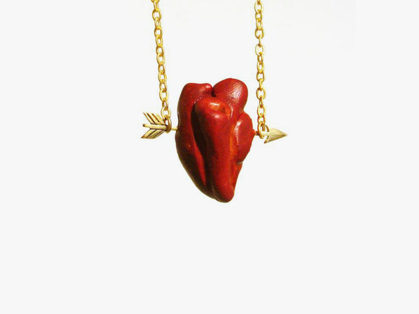 CORAZON Flechado Necklace