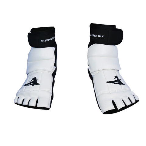 Cobra TKD Monkey Feet