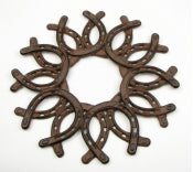 Cast Iron Horseshoe Wreath 8 Pieces