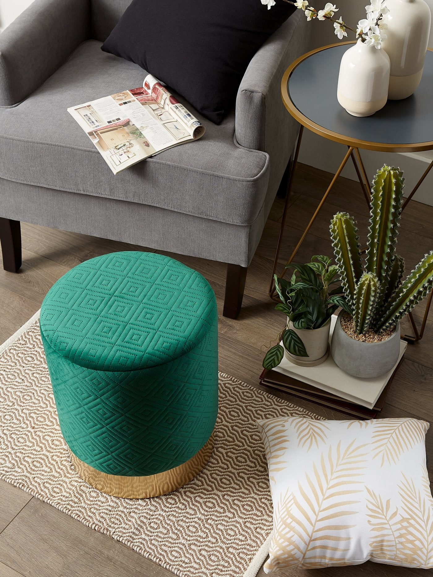 Vanity Stool with Gold Base - Green