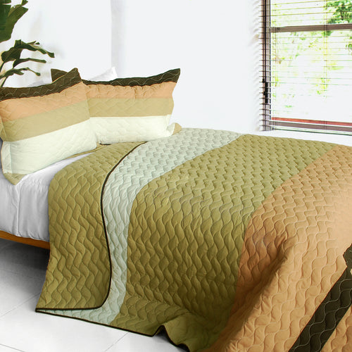 [Quiet Moon] 3PC Vermicelli-Quilted Patchwork Quilt Set (Full/Queen Size)
