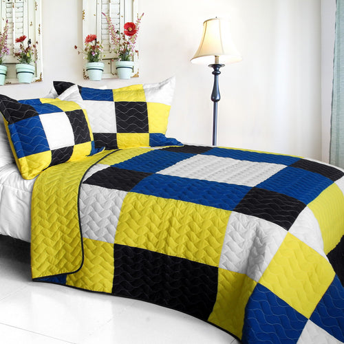 [Little Smile] Vermicelli-Quilted Patchwork Geometric Quilt Set Full/Queen