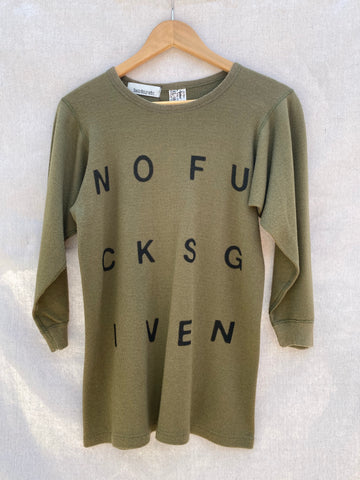 FRONT VIEW OF VINTAGE ARMY THERMAL WITH NOFUCKSGIVEN PRINTED ON IT.