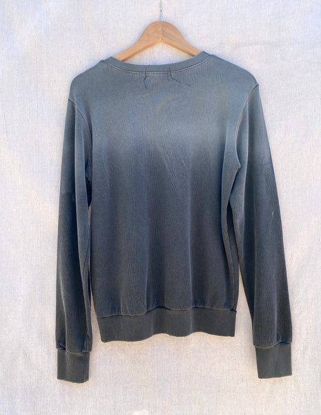 BACK VIEW OF LONG SLEEVE SWEATSHIRT IN OMBRE GREY.