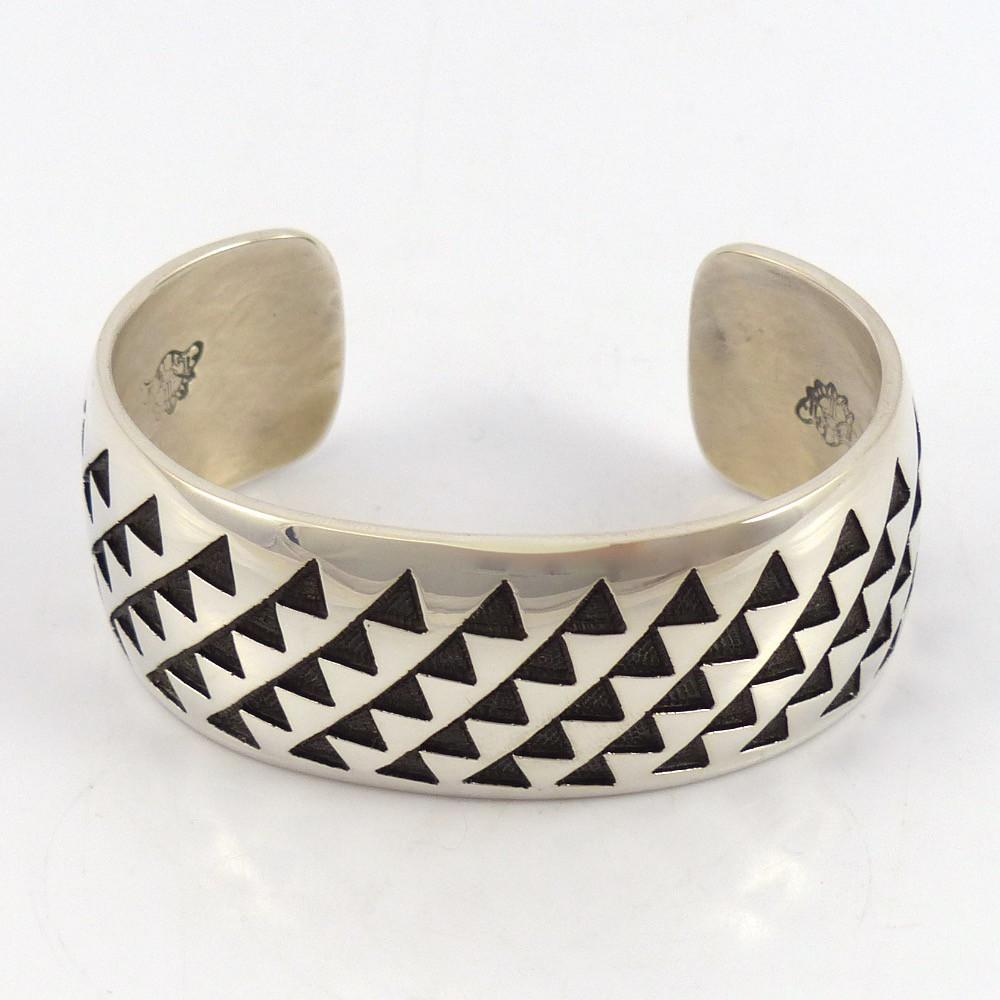 Trickling Water Cuff - Jewelry - Anderson Koinva - 1