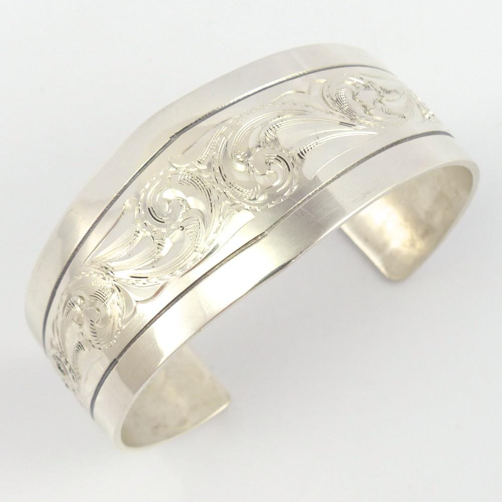 Engraved Silver Cuff, Leonard Nez, Jewelry, Garland's Indian Jewelry
