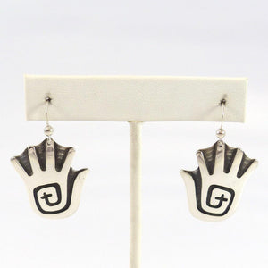 Hand Earrings - Jewelry - Anderson Koinva - 1