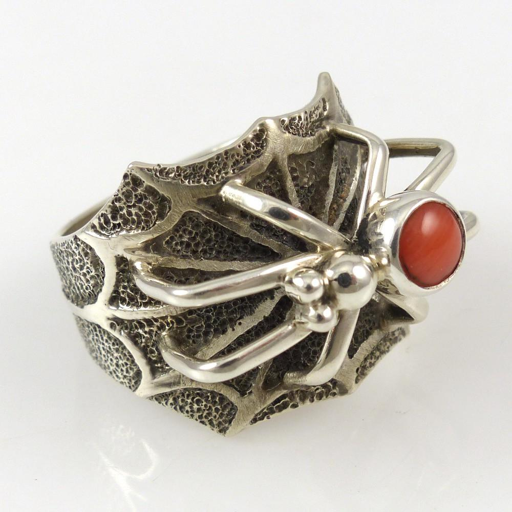 Coral Spider Ring - Jewelry - Fidel Bahe - 1