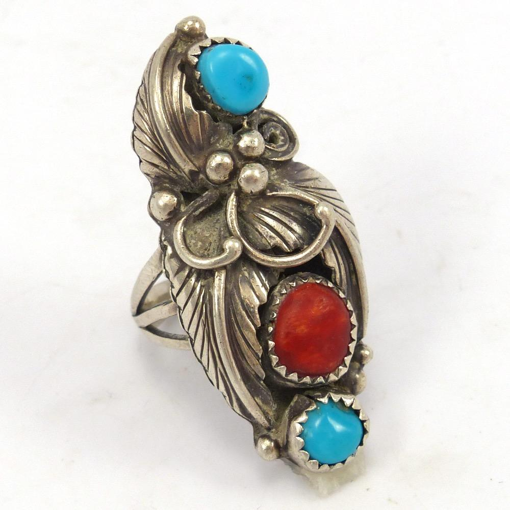 1970s Turquoise and Spiny Oyster Ring